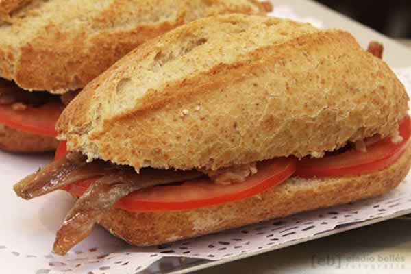 Bocatin de Anchoas con Tomate